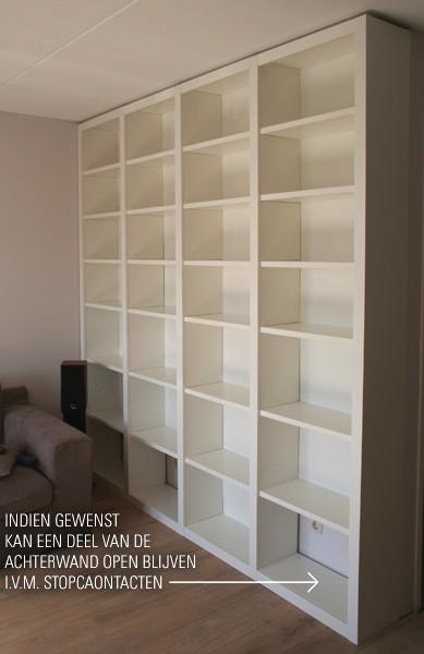 Boekenkast Met Glazen Deuren. Product Kleine Antieke Boekenkast With ...