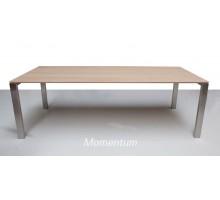 RVS tafel 'Momentum'
